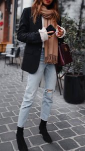 30 Cute Winter Outfits For Every Day Of The Month