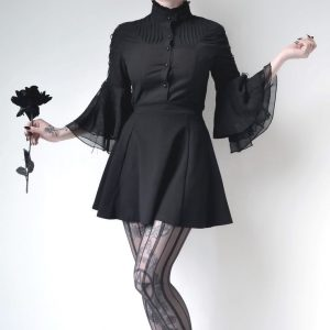 Gothic Fashion Ideas. For those people who like putting on gothic style fashion clothing and acc ...