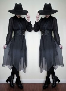 "crowrunner: ""  ☾Witch Noire☽  Hat – Killstar Dress and belt – Punk Rave x Top – ..."
