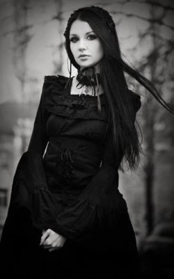 ༺♥༻ Dark Gothic Beauty ༺♥༻