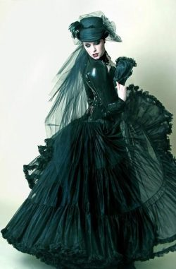Black Victorian Gothic Dress  #fashion #goth #victorian