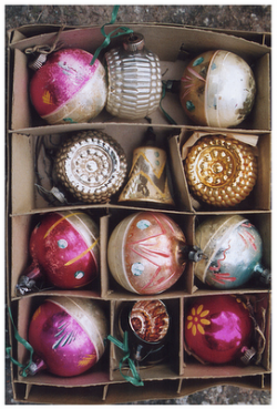 ~` vintage baubles .. love these ornaments `~
